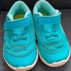 Turquoise adorable Nike kicks